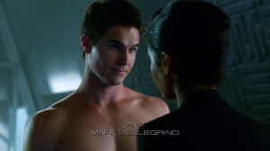 These poor Amell boys can't even make it through the title credits before they've stolen their shirts.